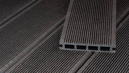 planeo ECO-Line WPC Terrassendiele Hohlkammer Dunkelgrau 3.9m - glatt/gerillt
