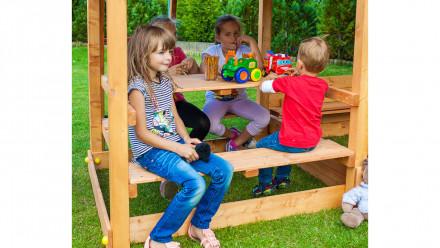 Picknicktisch Freebie 1 - 120 x 120cm mit Sitzmöglichkeit