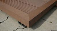 planeo WPC-Winkelleiste dunkelbraun für Terrassendielen - 2.2m