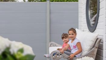 planeo Basic - PVC-Steckzaun Quadratisch Silbergrau 180 x 180 cm