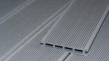Planche de terrasse en WPC planeo ECO-Line à chambre creuse gris clair 3,9m - lisse/rainé