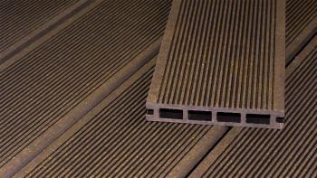 Planche de terrasse en WPC planeo ECO-Line chambre creuse brun foncé 3,9m - lisse/rainé